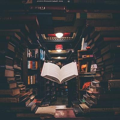 books-400x400 (6)