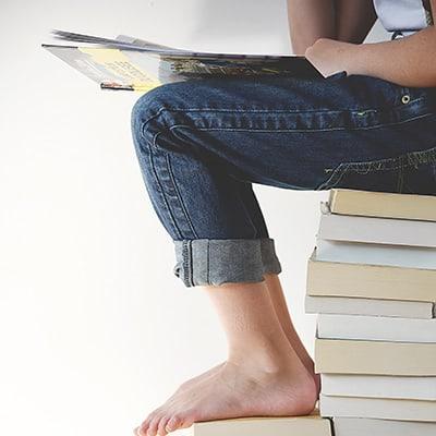 books-400x400 (7)