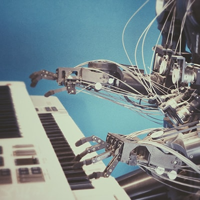 robot-on-piano-400x400